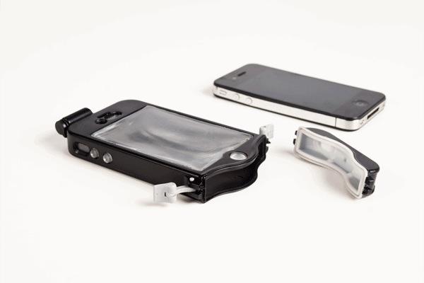 iPhone sous l'eau : c'est désormais possible avec la tenue de plongée pour iPhone
